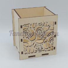 Ящики, кашпо, коробки для цветов, подарков